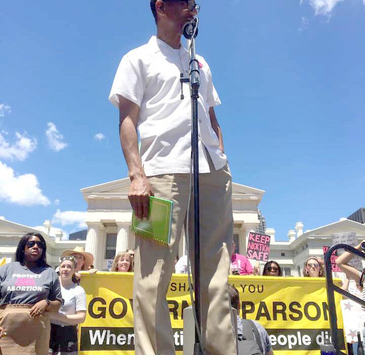 Rev. Gray making run for State Legislature in Jefferson City